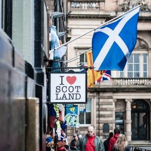 Ke$ha ain't Scottish fools!